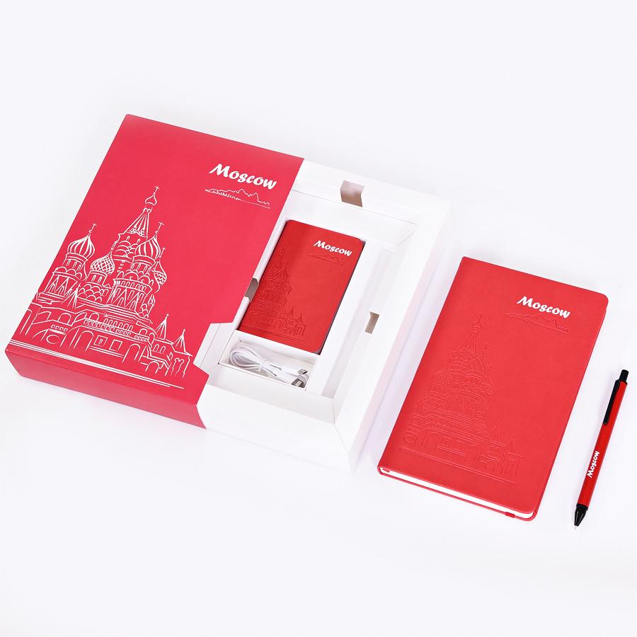 Фотография товара Набор  POWER BOX: универсальное зарядное устройство (4000mAh), блокнот и ручка в подарочной коробке