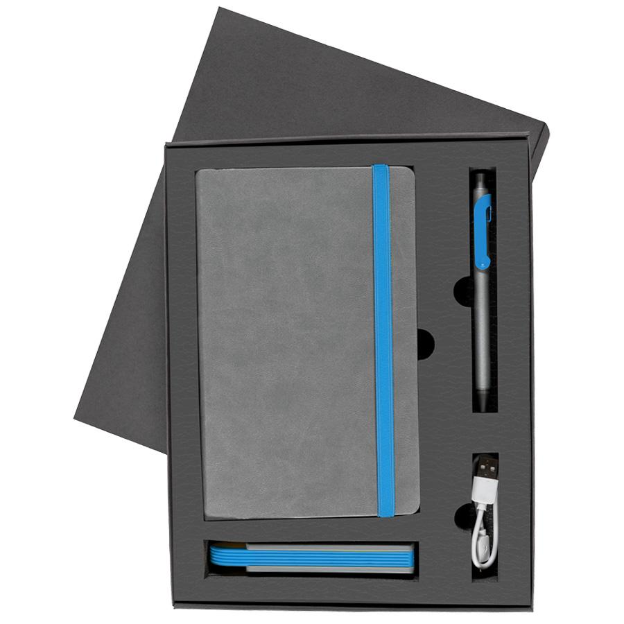 Набор  FANCY:универсальное зарядное устройство(2200мАh), блокнот и ручка в подарочной коробке,голубо